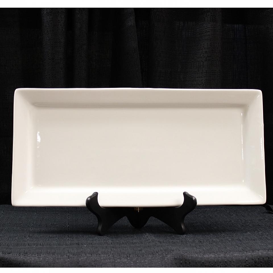 White Whittier Rectangle Platter 7 5 X 11 Grand Event Rentals