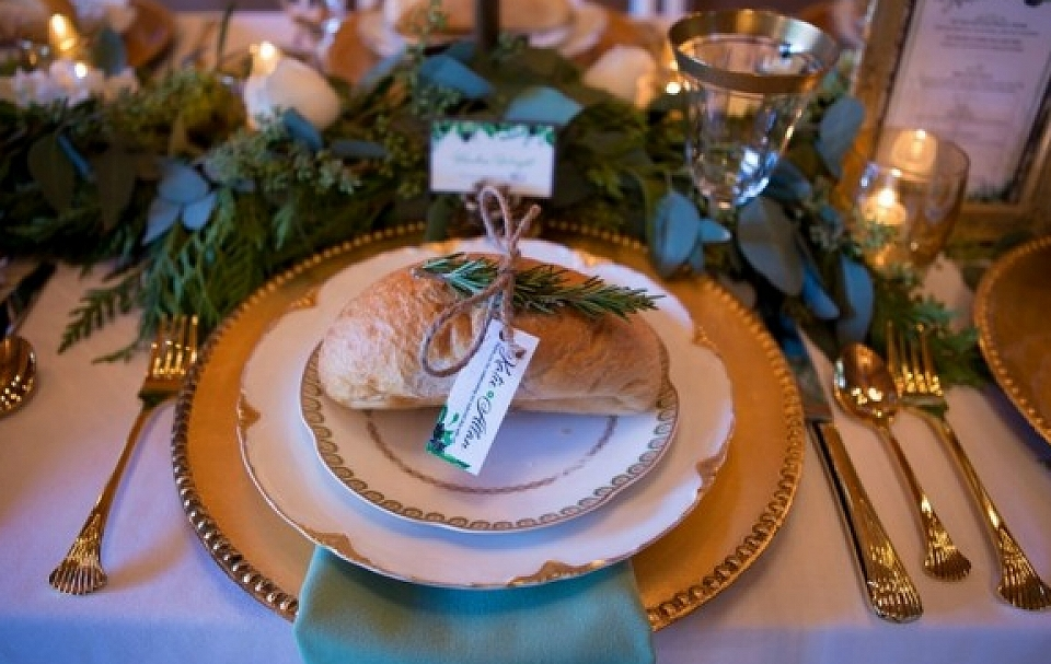 Place Setting for Winter Wedding